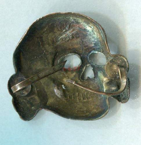 SS skull by Deschler - CupAl?