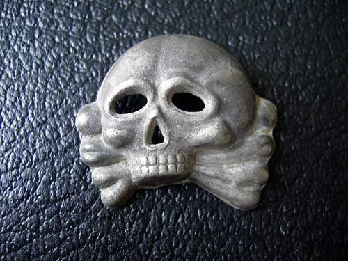 SS Totenkopf badge- Genuine?