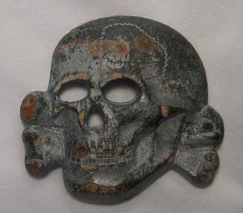 SS Totenkopf Cap Badge