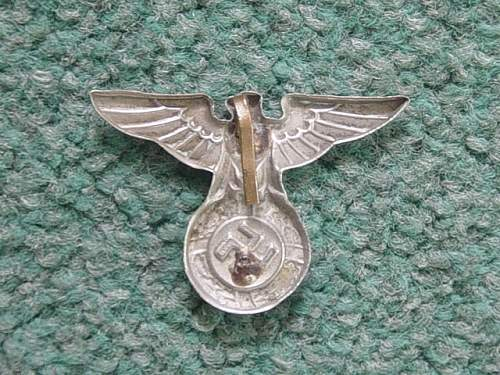 Click image for larger version.  Name:NSDAP cap eagle. Reverse..jpg Views:138 Size:146.7 KB ID:4318