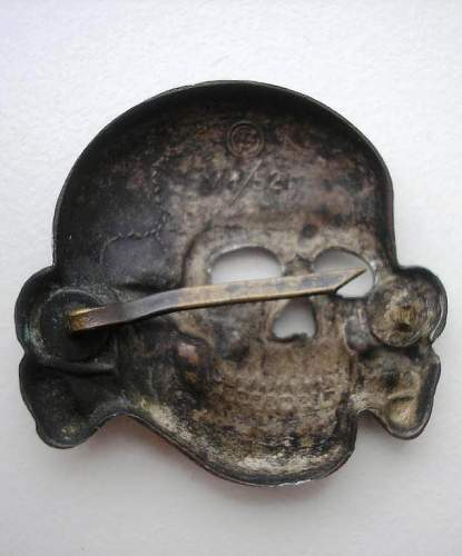 SS SKULL BY DESCHLER for quick review
