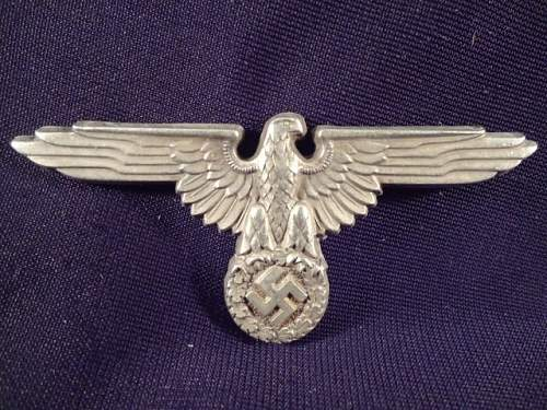 Unmarked SS skull, eagle & hat badge - fake?