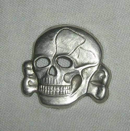 SS Eagle and Skull, Real or Fake?