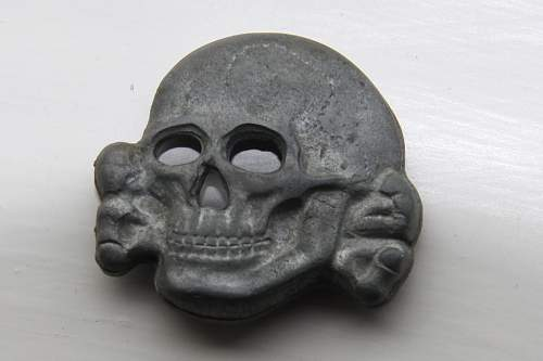Click image for larger version.  Name:skull1front.jpg Views:63 Size:41.5 KB ID:525299