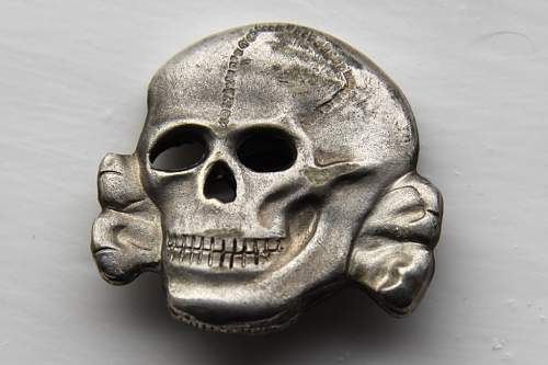 Click image for larger version.  Name:skull2front.jpg Views:46 Size:55.0 KB ID:525301