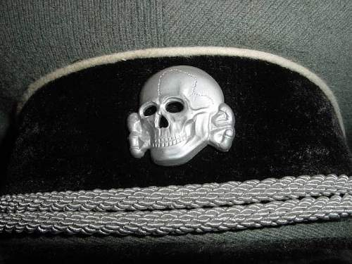 Click image for larger version.  Name:grey cap badge  totenschaedel copy.jpg Views:45 Size:122.1 KB ID:534943