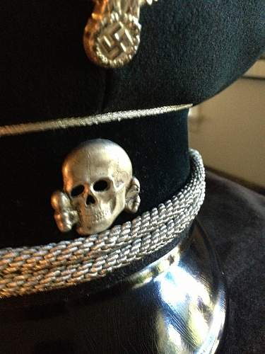 Help Please-SS cap insignia Real or Fake??