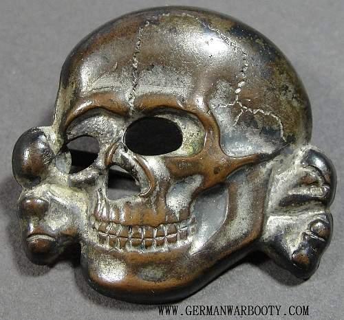 Zinc SS skull. Original?