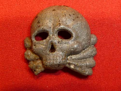 Early jawless-style SS skull for review