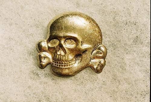 Click image for larger version.  Name:skull cls I ft.jpg Views:68 Size:98.3 KB ID:67224