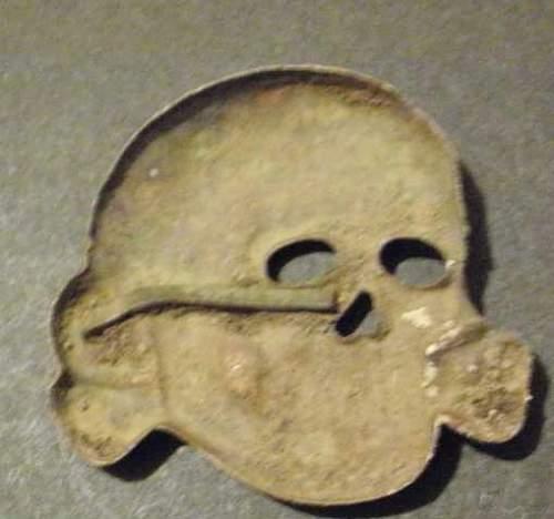 Click image for larger version.  Name:orginal Deschler skull.jpg Views:12 Size:19.2 KB ID:695611