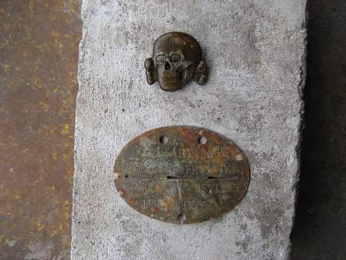 ss skull RZM M1/24 ground dug