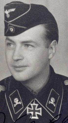 Click image for larger version.  Name:Cap skulls on WH Panzer - Brunswick 2 Sergeant08.jpg Views:39 Size:29.2 KB ID:755790