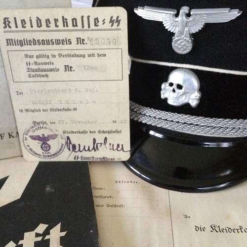 Deschler Totenschaedel, in situ