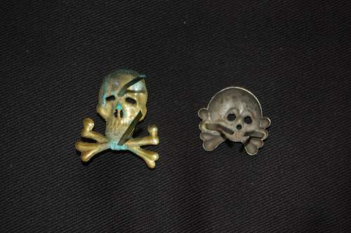 Two totenkopf and eagle