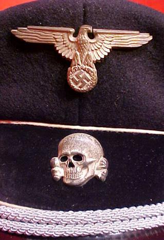 Original Allgemeine/ Waffen SS cap insignia set