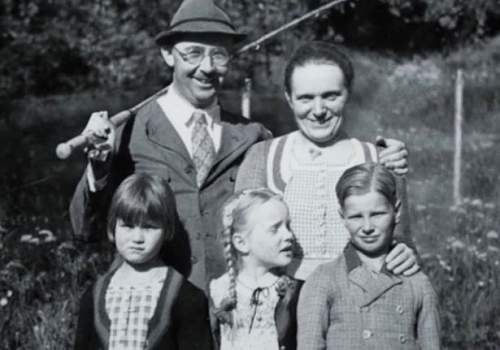 Click image for larger version.  Name:Heinrich-Himmler.jpg Views:13 Size:39.6 KB ID:992895