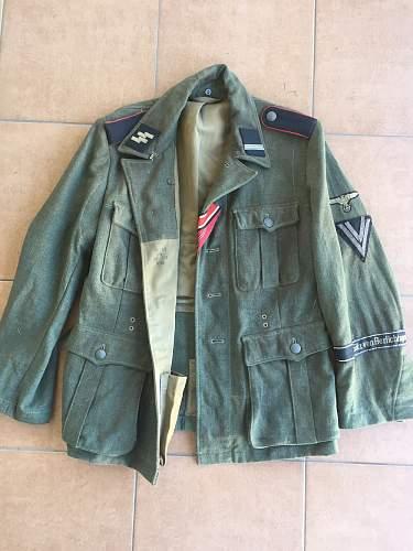 WWII Waffen-SS Elite M40 Götz von Berlichingen & M43 Signal Corps Tunics complete with Insignia (Authentic or Fake?) Help?