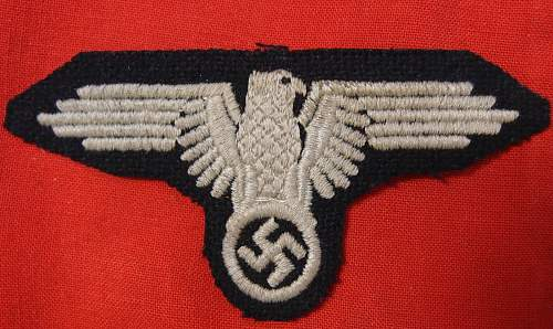 Click image for larger version.  Name:WWII German Waffen-SS Officers Tunic Sleeve Eagle (Front).jpg Views:65 Size:192.8 KB ID:1002663
