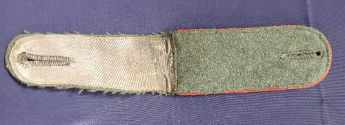 Click image for larger version.  Name:Army Red Piped Other Ranks EM Button Down Shoulder Board.jpg Views:96 Size:34.3 KB ID:1002671