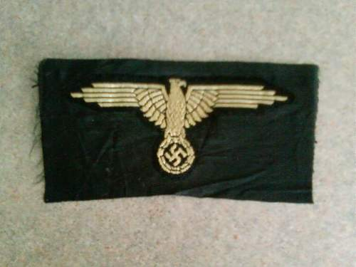 Tropical sleeve eagle and 13th Handschar patches, original ?