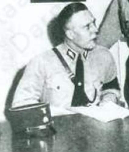 Click image for larger version.  Name:Nazi lout with hat.jpg Views:27 Size:185.2 KB ID:1007448