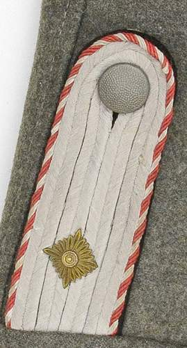 Coloured Collar Tab Piping