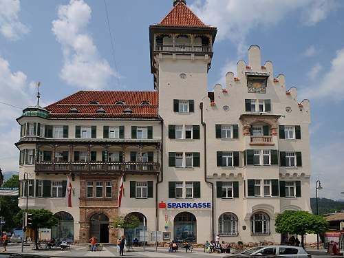 Click image for larger version.  Name:Oberer_Stadtplatz_1,_Kufstein_11.jpg Views:36 Size:330.7 KB ID:1045919