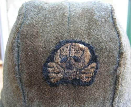 Unusual winter hat ...