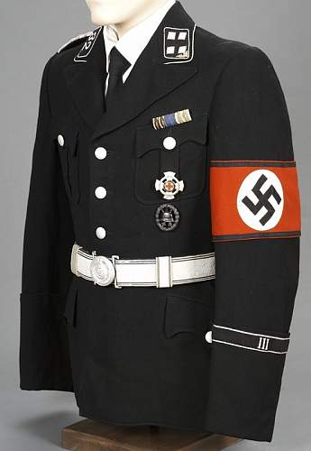 What color brown was the original SA/SS brownshirt?