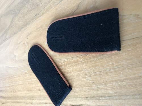 Shoulder straps identification - question for Ade