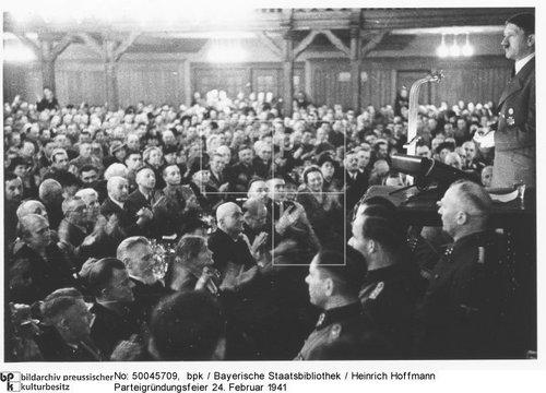 Himmler, Hitler, Parteigruendungsfeier, II. '41