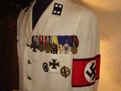 white allgemeine  tunics