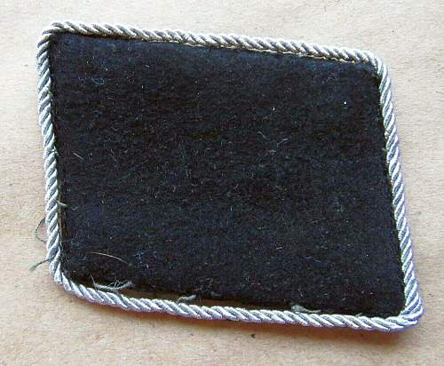 SS-SD officers collar tab