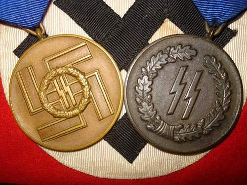 Click image for larger version.  Name:ss medals.jpg Views:170 Size:122.4 KB ID:151283