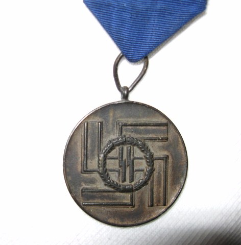 SS 4 & 8 year service medals