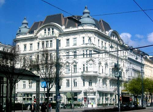 Click image for larger version.  Name:Wien_Cafe_Prueckel_2004.jpg Views:171 Size:217.9 KB ID:162352