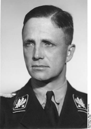 Click image for larger version.  Name:Bundesarchiv_Bild_146-1969-041-62,_Josias_zu_Waldeck-Pyrmont.jpg Views:73 Size:34.0 KB ID:166989