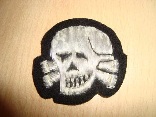 Skulls and Collar Tab / fine or not???