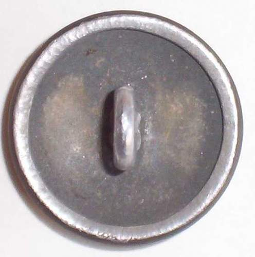 SS-VT cap badge in button form.