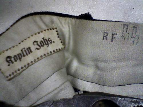 help in identifying ss clothing labels