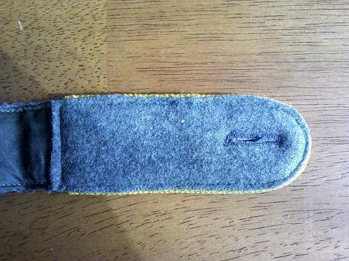SS Cavalry or signals shoulder board