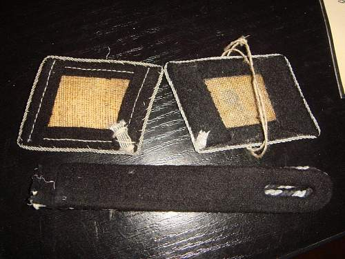 Collar tabs and shoulder strap - Original or fake ???