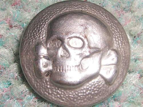 ss-vt cap skull buttons,original or fake