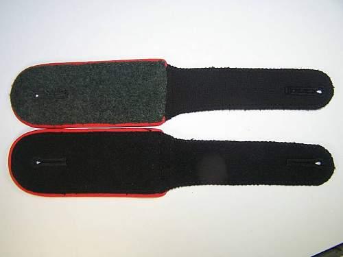 Click image for larger version.  Name:shoulderstraps 006.jpg Views:113 Size:39.0 KB ID:19872
