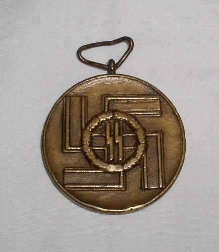 Click image for larger version.  Name:8 year service medal1.jpg Views:81 Size:94.2 KB ID:209151