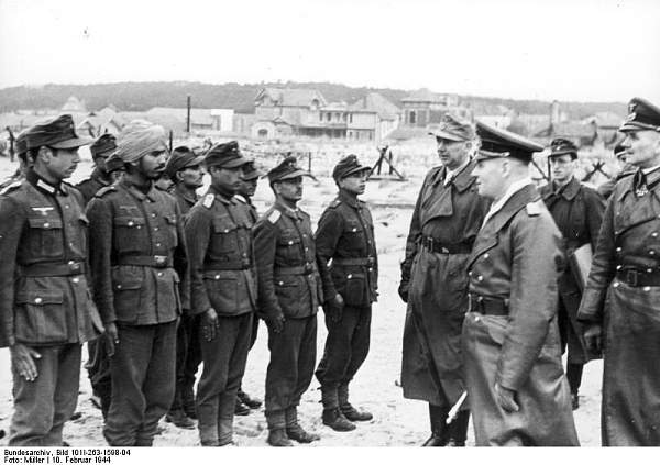 Click image for larger version.  Name:Bundesarchiv_Bild_101I-263-1598-04%2C_Frankreich%2C_Rommel%2C_%22Indische_Legion%22.jpg Views:313 Size:61.4 KB ID:20995