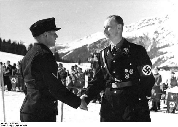 Click image for larger version.  Name:Bundesarchiv_Bild_121-0121,_Kitzb�hel,_gro�deutsche_alpine_Skimeisterschaft.jpg Views:261 Size:56.0 KB ID:21020