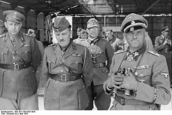 Click image for larger version.  Name:Bundesarchiv_Bild_101I-163-0337-09A,_Griechenland,_Josef_(Sepp)_Dietrich.jpg Views:965 Size:59.6 KB ID:21756