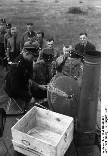 Name:  Field kitchen of the SS in Doeberitz.jpg Views: 965 Size:  28.7 KB